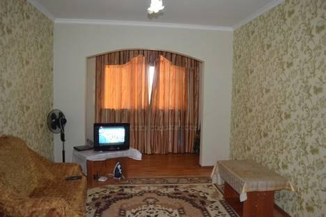 Сдается 2-комнатная квартира посуточнов Бишкеке, ул. Ахунбаева, 138А.