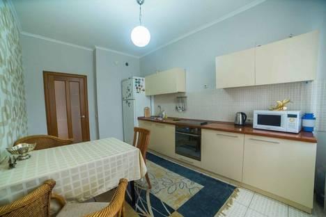 Сдается 3-комнатная квартира посуточно в Астане, кунаева 35.