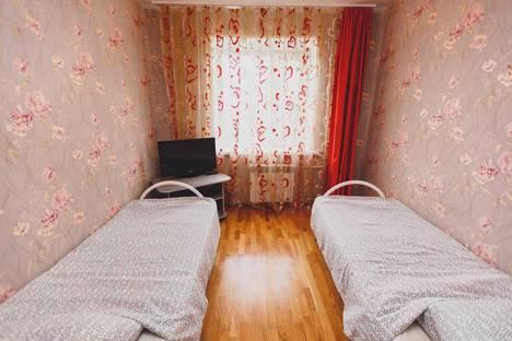 Сдается 2-комнатная квартира посуточнов Нефтеюганске, 9 микрорайон 9 дом.