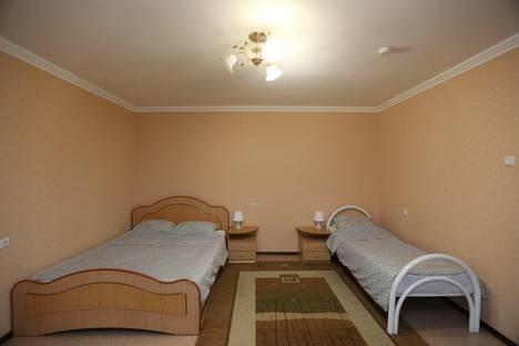 Сдается 1-комнатная квартира посуточнов Нефтеюганске, 15 микрорайон 9 дом.
