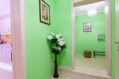 Сдается 2-комнатная квартира посуточнов Челябинске, Комсомольский проспект, 19а.