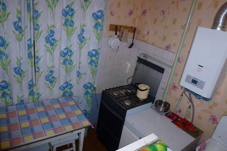 Сдается 1-комнатная квартира посуточнов Казани, ул. Шамиля Усманова, 17.