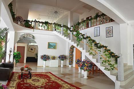 Сдается комната посуточно в Красной Поляне, Вилла Альпика Посёлок монастырь, ул. Скальная 3а.