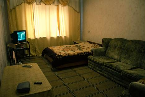 Сдается 2-комнатная квартира посуточно в Бишкеке, ул. Боконбаева, 5.