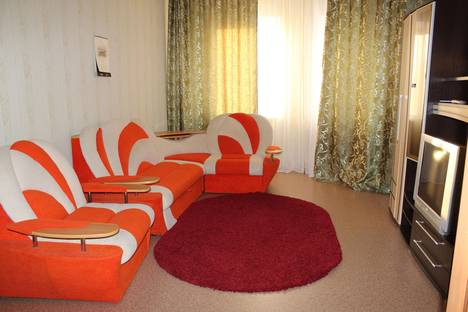 Сдается 1-комнатная квартира посуточнов Нижневартовске, Омская, 28.