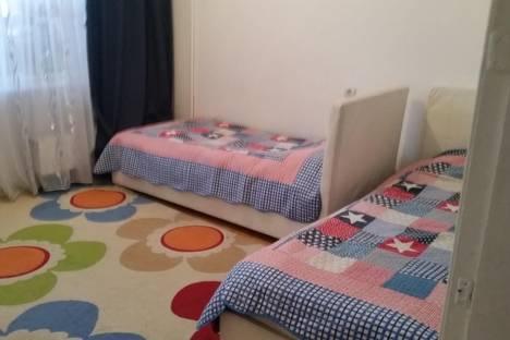 Сдается 2-комнатная квартира посуточно в Алматы, проспект Достык, 105/2.