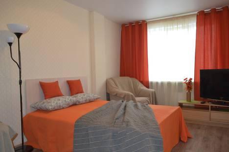 Сдается 1-комнатная квартира посуточно в Тольятти, ул. 40 лет Победы, 43.