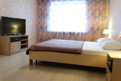 Сдается 2-комнатная квартира посуточнов Щёкине, ул. Пионерская, 1.