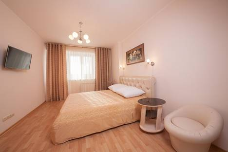 Сдается 1-комнатная квартира посуточно в Красноярске, ул. Водопьянова, 6.
