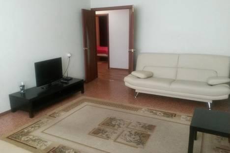 Сдается 3-комнатная квартира посуточнов Воронеже, ул. Революции 1905 года, 80Б.
