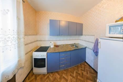 Сдается 1-комнатная квартира посуточно в Новосибирске, ул. Героев Труда, 33А.