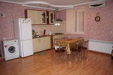 Сдается 2-комнатная квартира посуточно в Партените, ул . Нагорная дом 10.
