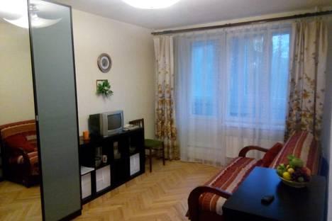 Сдается 1-комнатная квартира посуточнов Санкт-Петербурге, улица Белы Куна 5.