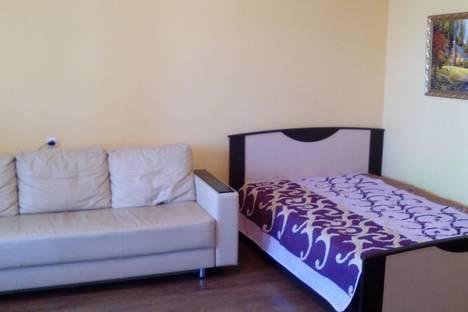 Сдается 1-комнатная квартира посуточнов Кирове, ул. Азина, 15.