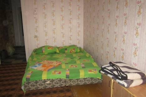 Сдается 2-комнатная квартира посуточнов Глазове, ул. 70 лет Октября, 16.