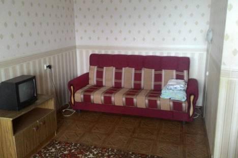 Сдается 1-комнатная квартира посуточнов Тюмени, ул. Валерии Гнаровской, 10 к 1.
