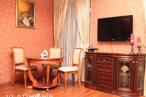 Сдается 2-комнатная квартира посуточно во Владивостоке, ул. Фонтанная, 31.