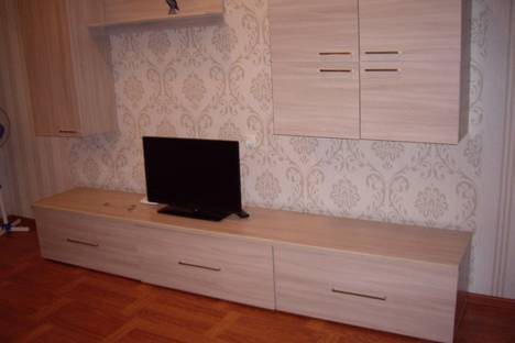 Сдается 3-комнатная квартира посуточно в Старом Осколе, мкр Буденного 7.