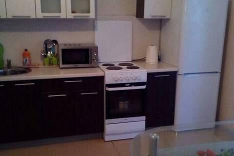 Сдается 2-комнатная квартира посуточно в Миассе, р-н Центральный, Мжк, 3.