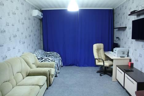 Сдается комната посуточнов Елабуге, Набережночелнинский проспект, 45, кв 345.