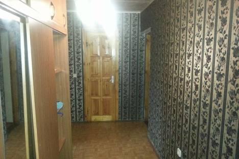 Сдается 5-комнатная квартира посуточно в Ейске, ул. Р.Люксембург, 6.