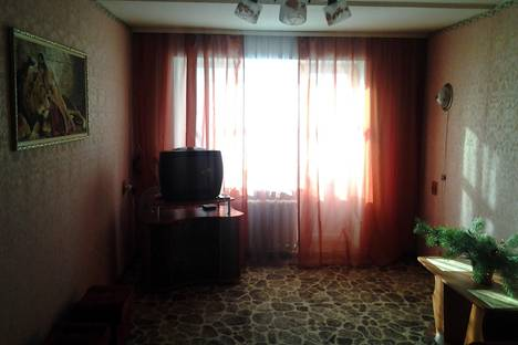 Сдается 1-комнатная квартира посуточно в Шостке, Кирова 7.