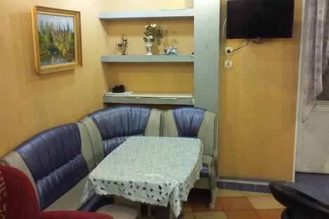 Сдается 2-комнатная квартира посуточно, ул. Тонкинская, 5.