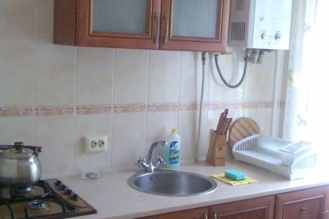 Сдается 2-комнатная квартира посуточно в Евпатории, Фрунзе 23.