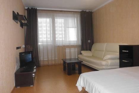 Сдается 1-комнатная квартира посуточнов Ижевске, Холмогорова 83.