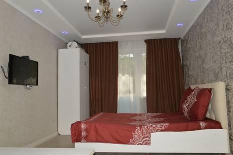 Сдается 1-комнатная квартира посуточно в Бишкеке, 8 мкрн,16.