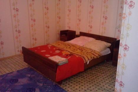 Сдается 1-комнатная квартира посуточнов Прокопьевске, 10 микрорайон 52.