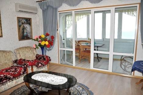 Сдается 2-комнатная квартира посуточнов Партените, ул. Фрунзенское шоссе дом 8.