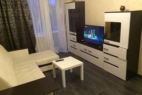 Сдается 1-комнатная квартира посуточнов Новочеркасске, ул. Народная, 18/53.