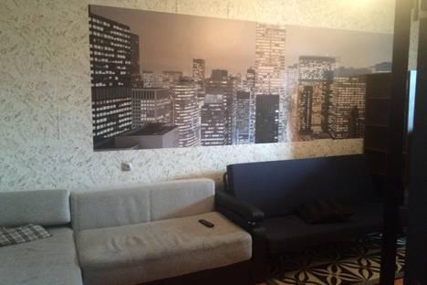 Сдается 1-комнатная квартира посуточнов Саяногорске, Центральный, 28.