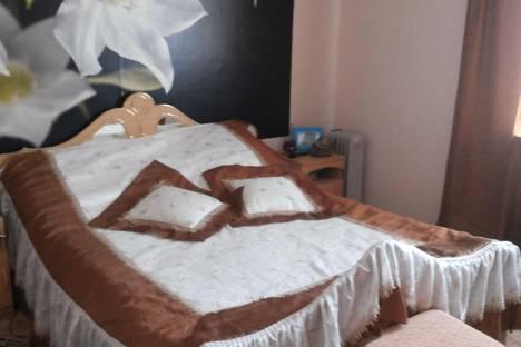 Сдается 1-комнатная квартира посуточно в Энгельсе, Тельмана 150.