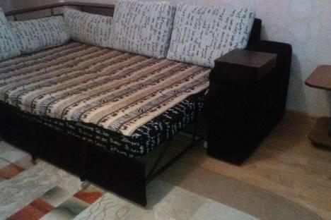 Сдается 3-комнатная квартира посуточнов Элисте, ул. им Сухэ-Батора, 5.