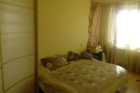 Сдается 1-комнатная квартира посуточно в Серпухове, ул. Ногина, д 1Б.