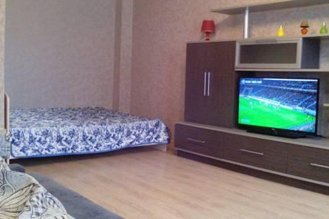 Сдается 1-комнатная квартира посуточнов Кирове, Преображенская 82к1.