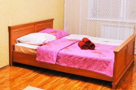 Сдается 3-комнатная квартира посуточнов Актау, 15-й микрорайон, 21.