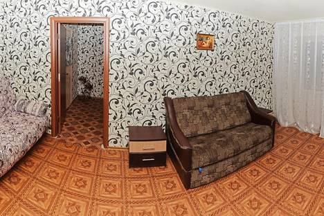 Сдается 2-комнатная квартира посуточнов Сумах, ул. Соборная, 42.