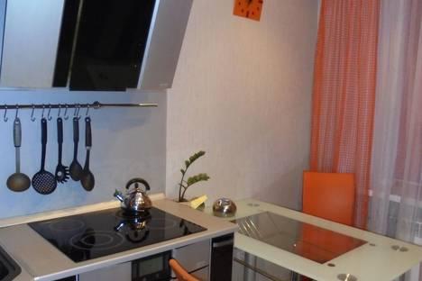 Сдается 2-комнатная квартира посуточнов Ноябрьске, ул. Энтузиастов, 9.