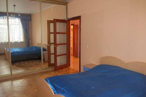 Сдается 2-комнатная квартира посуточно в Тамбове, ул. Чичерина, 34.