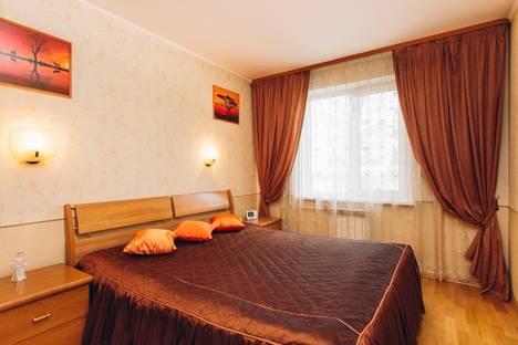 Сдается 2-комнатная квартира посуточнов Екатеринбурге, ул. Кузнечная, 82.