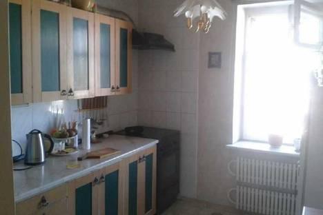 Сдается 2-комнатная квартира посуточно в Днепродзержинске, пр. Ленина, 62.