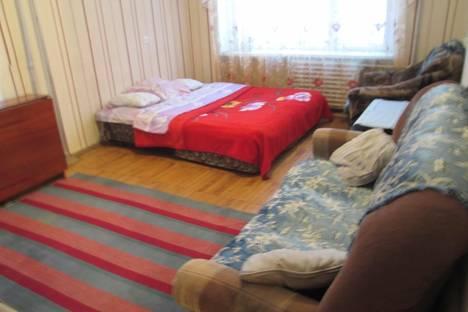 Сдается 1-комнатная квартира посуточнов Качканаре, 11-й микрорайон дом 9.
