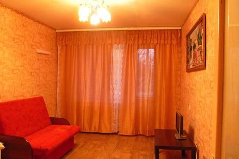 Сдается 2-комнатная квартира посуточно в Великом Новгороде, ул. Черняховского, 20.