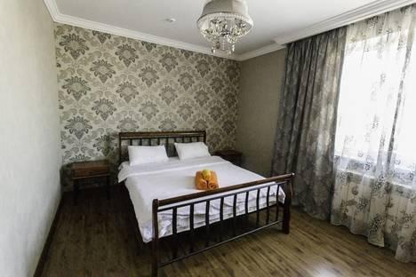 Сдается 2-комнатная квартира посуточно в Алматы, Бальзака, 8литА.