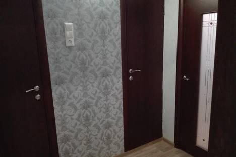 Сдается 2-комнатная квартира посуточно в Чебоксарах, Айги 14.