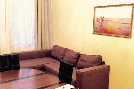 Сдается 3-комнатная квартира посуточнов Санкт-Петербурге, переулок Кузнечный, 20.