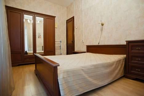 Сдается 3-комнатная квартира посуточнов Санкт-Петербурге, Канала Грибоедова набережная, 24.